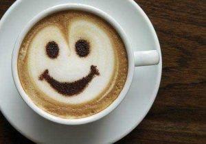 Benefici del caffè: rende felici