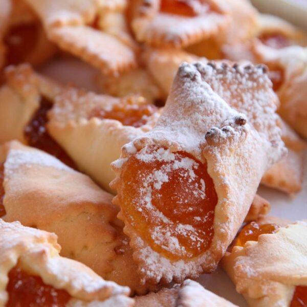 Confezione di fagottini misti all'albicocca e alle visciole.